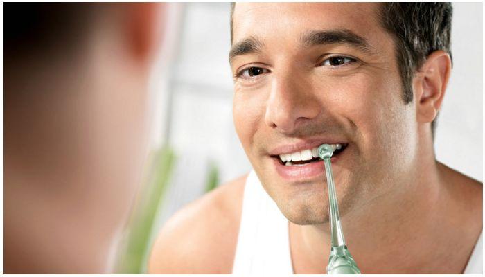 Как ухаживать за винирами на зубах