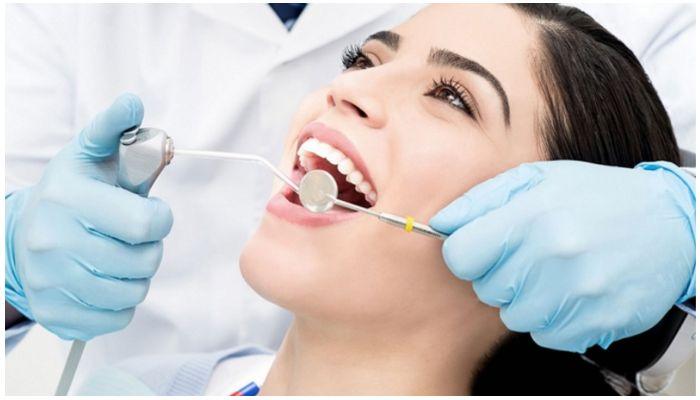 Фото профессиональной чистки зубов